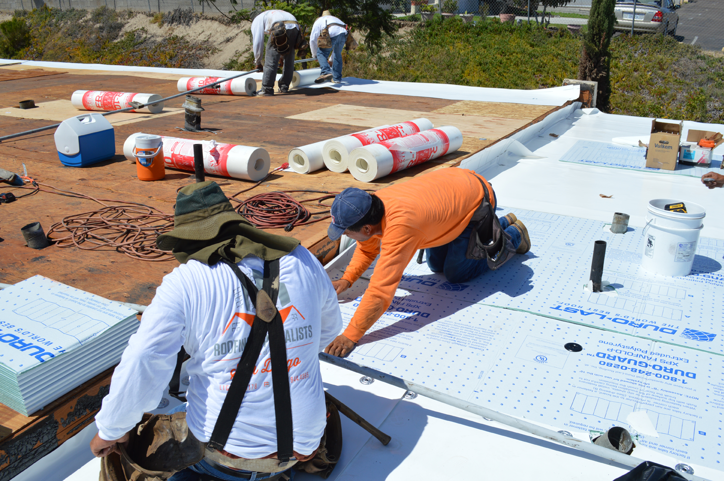 Commercial Roof Installation : Video portfolio of a san diego flat roof installation