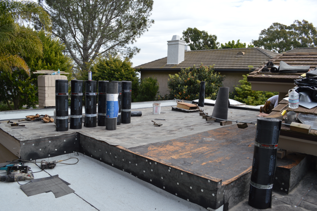 ... CA Flet Roof Installation Using Torch Down Roofing 2 ...